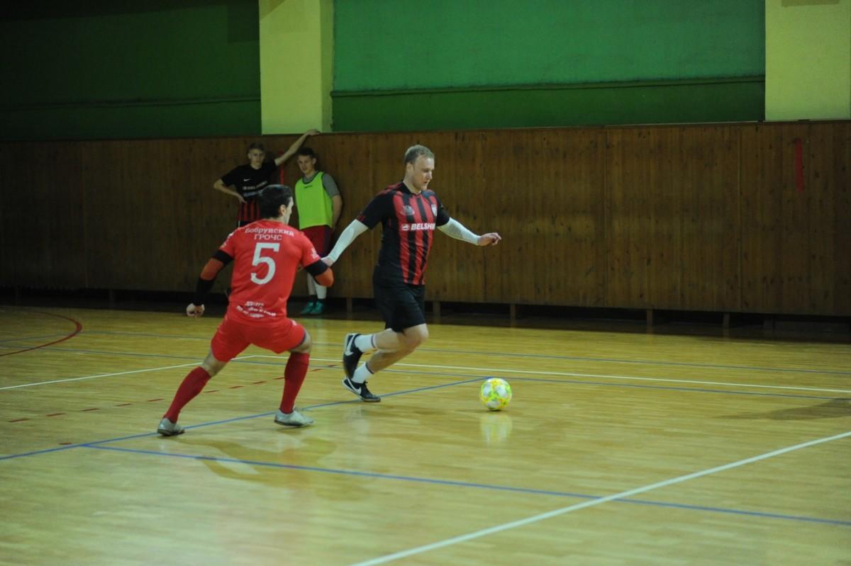территория футбола в бобруйске