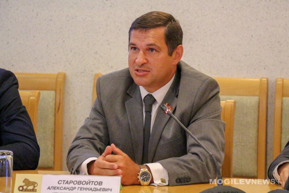 начальник главного управления по здравоохранению облисполкома Александр Старовойтов