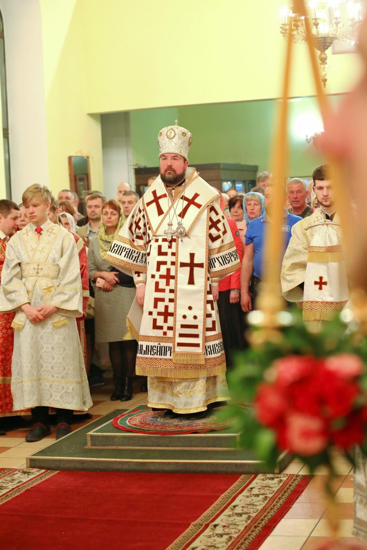 Епископ Бобруйский и Быховский поздравляет бобруйчан с пасхой