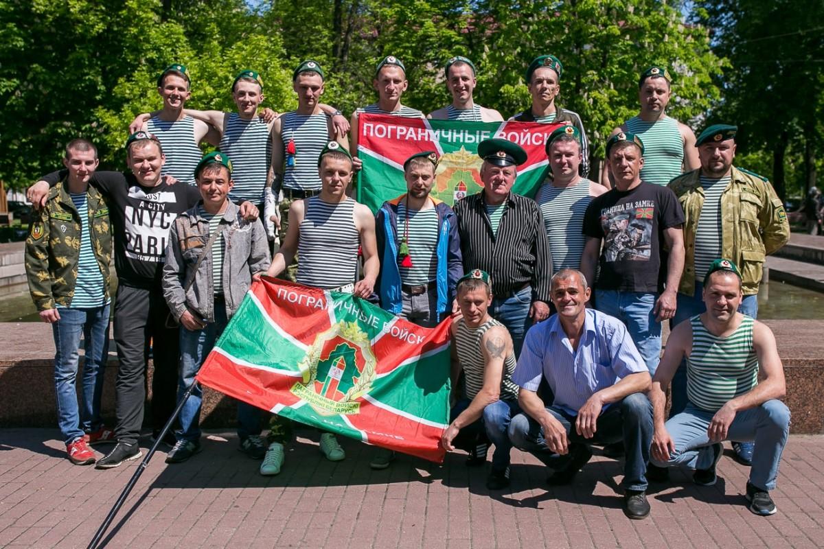 Воспоминания трёх солдат погранзаставы. В Беларуси отмечает День пограничников