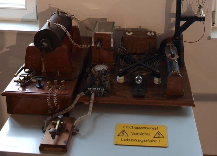 100 лет назад Бобруйск установил связь с Эйфелевой башней. Почему этим воспользовались только военные?
