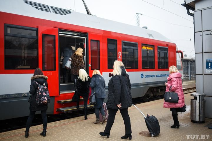 Европа открывает границы для стран, где 25 случаев «ковида» на 100 тысяч населения. Когда пустят белорусов?