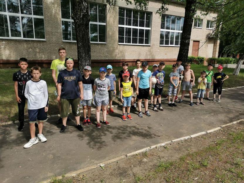 Во избежание скученности задействованы три спортивной базы. Как отдыхают дети в лагере бобруйской СДЮШОР №3