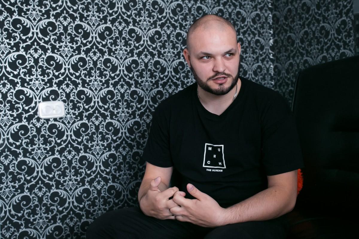 Участник популярных YouTube шоу, бобруйчанин Ян Машковский рассказал о проекте «YANGER»