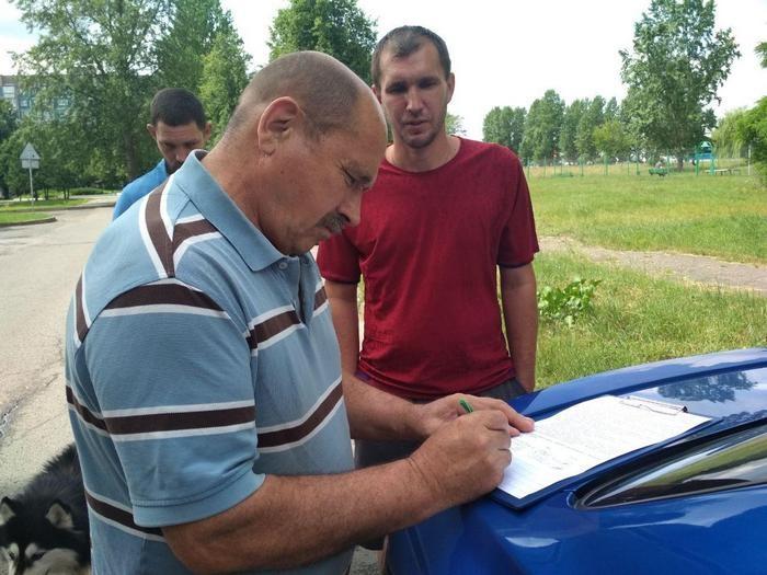 «Стадион «Славянка» –  это издевательство!» Бобруйчане просят исполком предоставить больше мест для предвыборной агитации