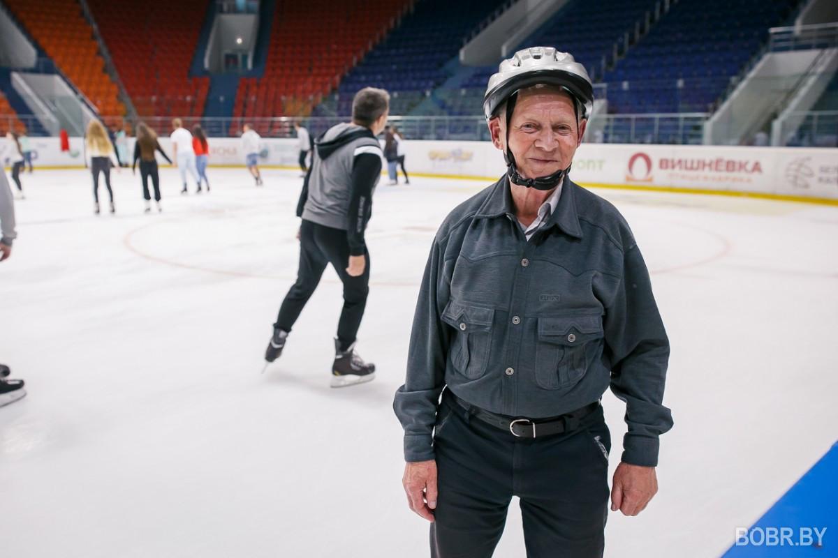 В Бобруйск-Арене прошло первое массовое катание. Рассказываем, как это было
