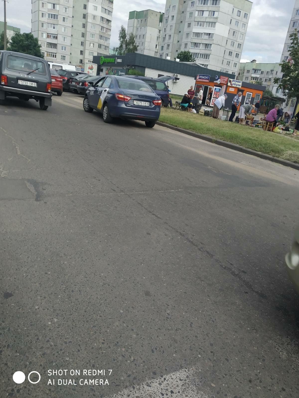 ДТП в 6-м микрорайне: ребёнок на самокате въехал в такси