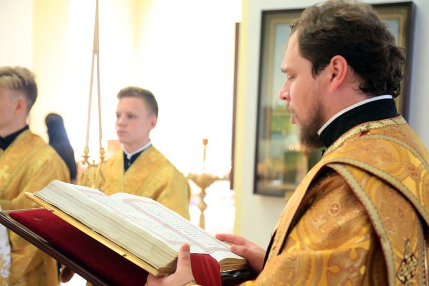 День памяти Крестителя Руси отметили в Бобруйском кафедральном соборе