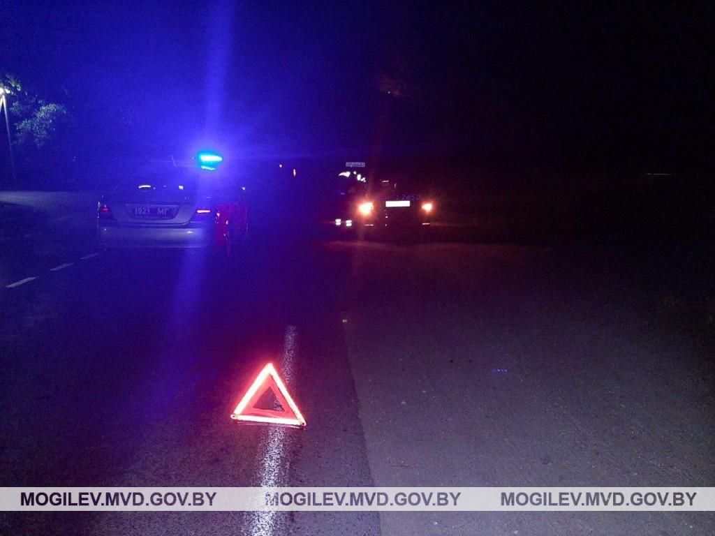В Бобруйске ночью в ДТП пострадал 49-летний пешеход. Мужчина был пьян и без фликера