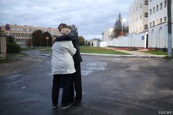 Елена Левченко не вышла на свободу после 15 суток. Она снова задержана