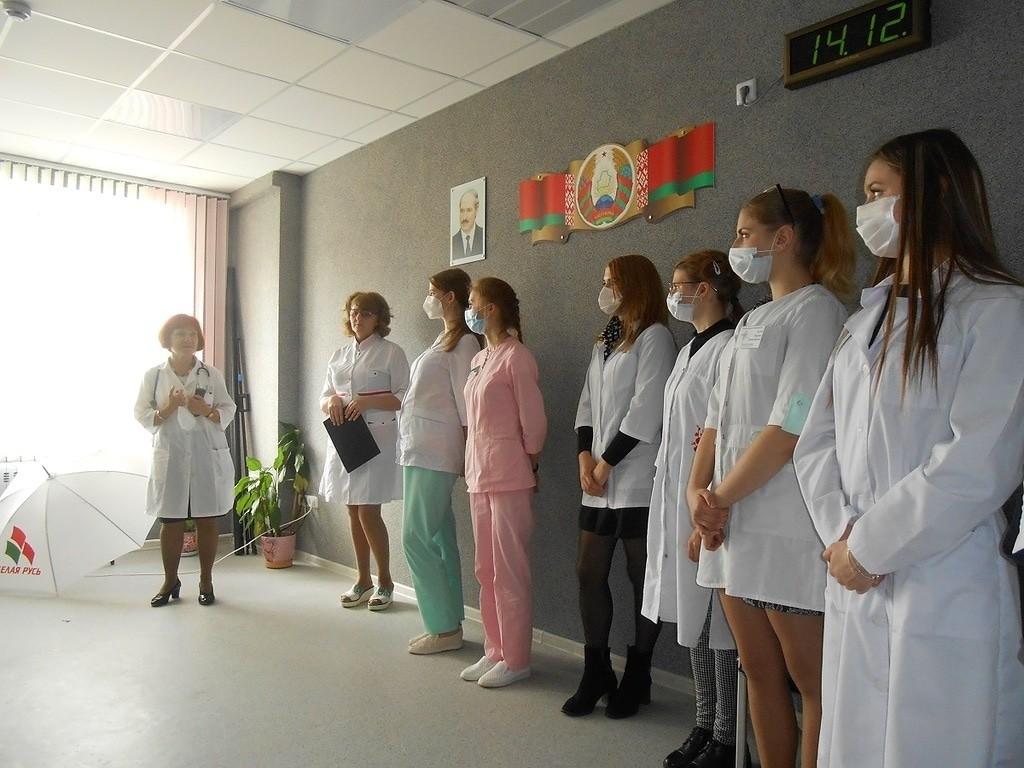 В Бобруйске прошло посвящение в профессию молодых медиков