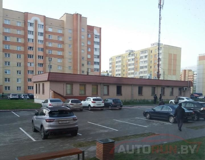 Возле здания Солигорской прокуратуры сгорели четыре автомобиля. Возбуждено уголовное дело