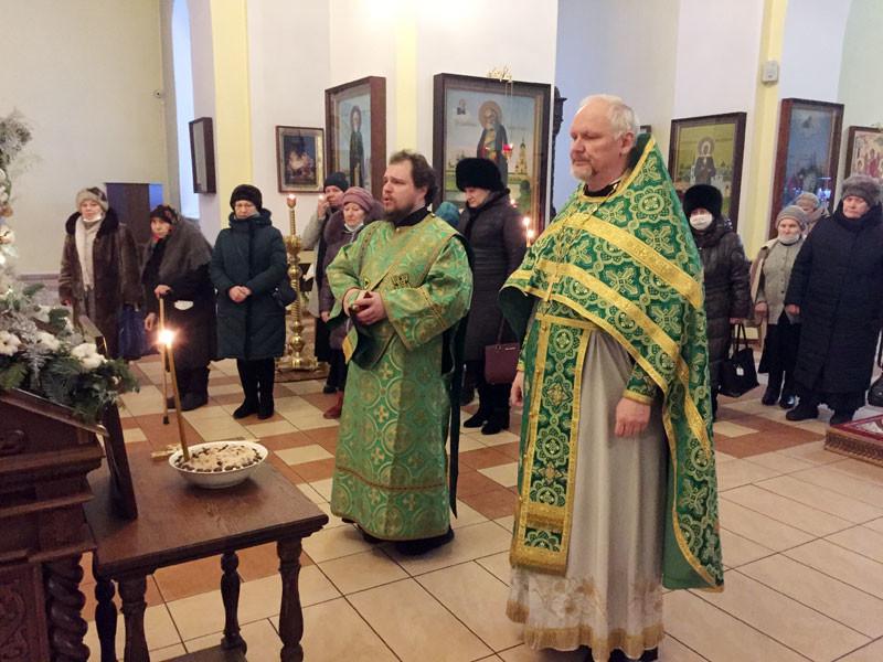 В храмах Бобруйской епархии состоялись панихиды по новопреставленному Митрополиту Филарету