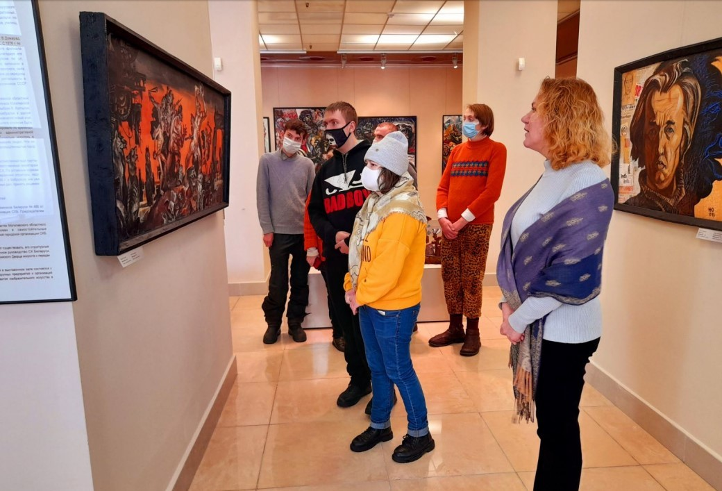 Посещение экспозиции «Снежаньскі вернісаж»