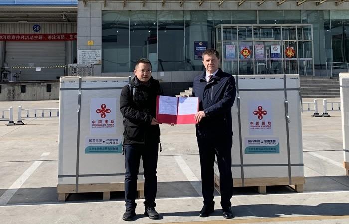 Китай отправил Беларуси 100 тысяч доз вакцины против коронавируса