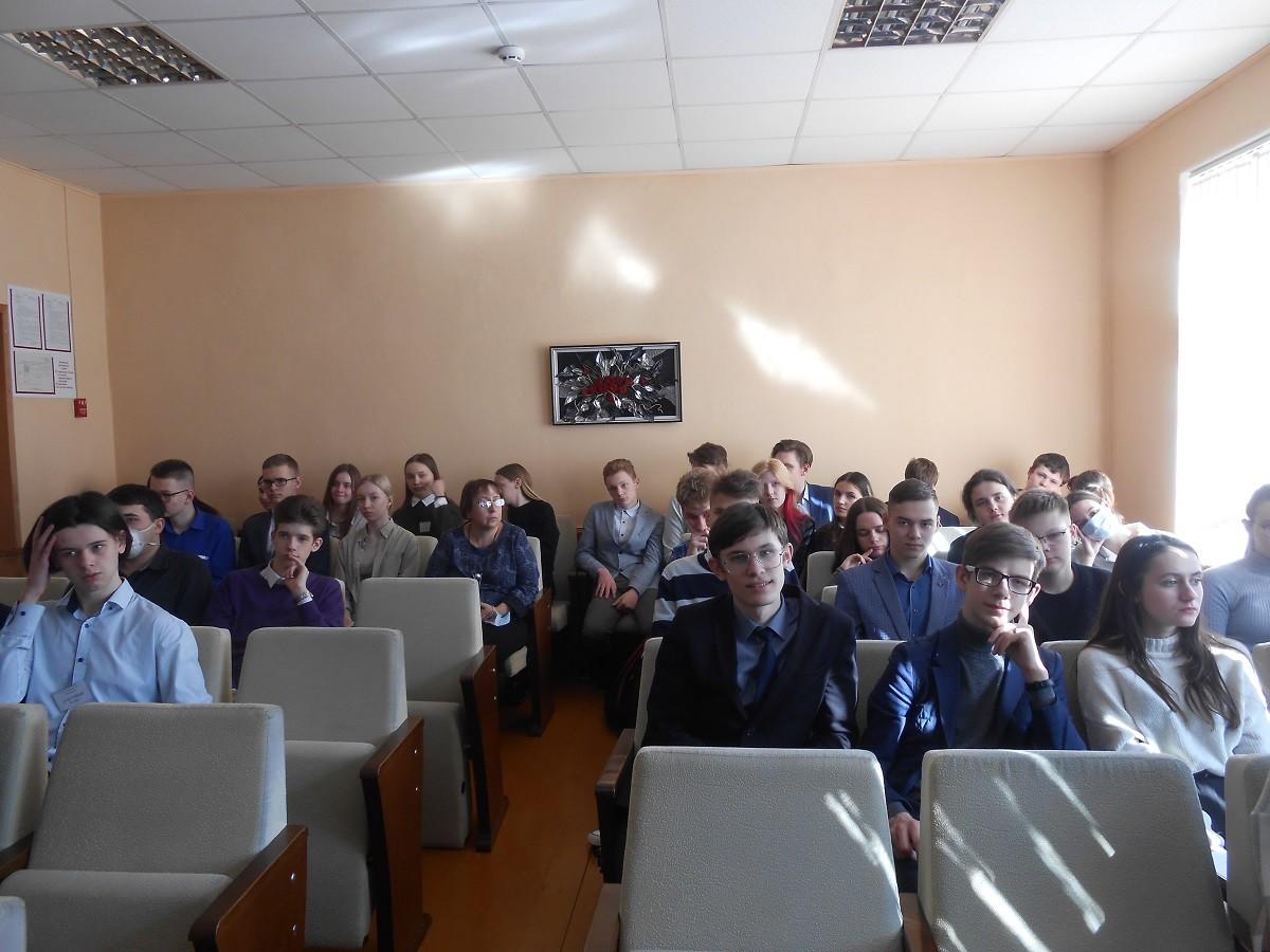В Бобруйске прошла акция-предупреждение «Знай, чтобы жить!»