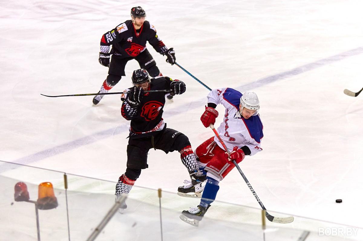 """Хоккейная Команда """"Бобруйск-2"""" вышла в плей-офф, провела серию игр и вышла"""