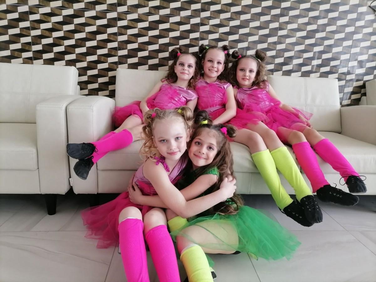 Бобруйский ансамбль танца стал многократным лауреатом открытого чемпионата искусств «OPEN MEGA FEST»