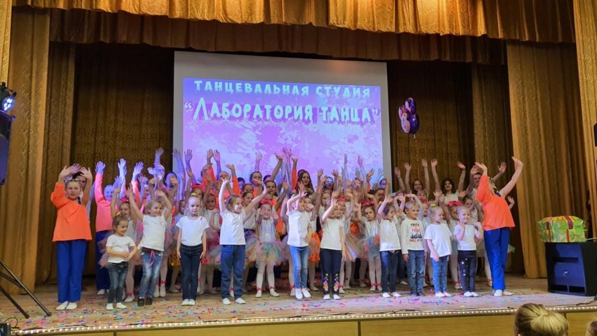 В Бобруйске прошел отчетный концерт танцевальных студий «Dance time» и «Лаборатория танца»