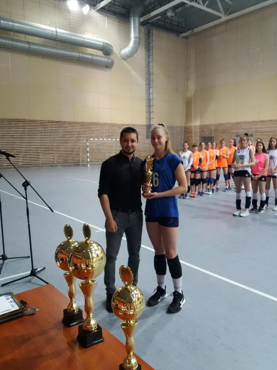 Команда из Бобруйска заняла 3 место в первенстве детско-юношеской волейбольной лиги «Мяч над сеткой»