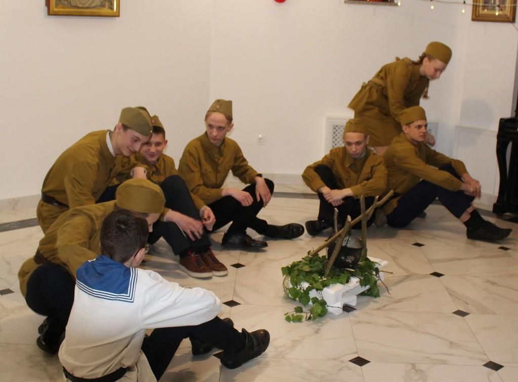 Спектакль о великой отечественной войне поставлен трудами воскресной школы храма иконы «Целительница»