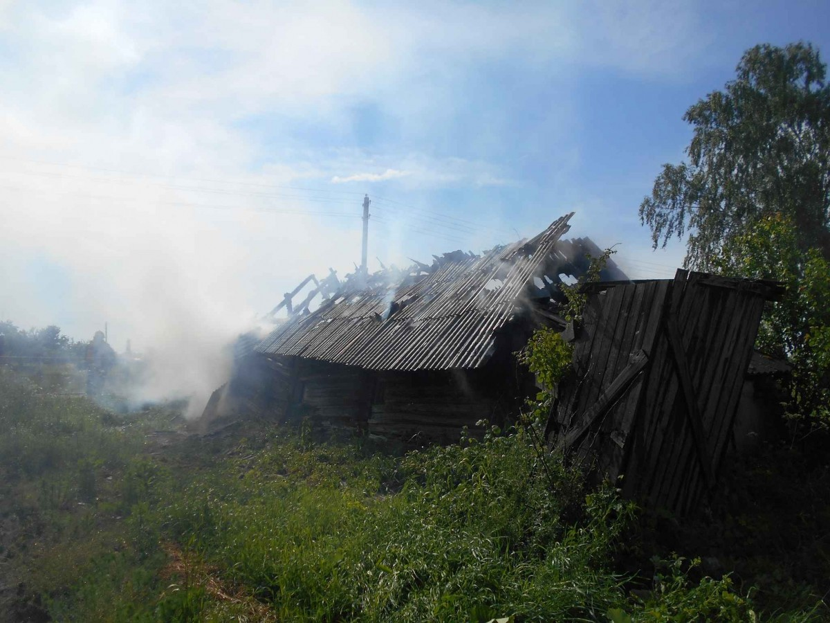 В агрогородке Ленина Бобруйского районе горел сарай