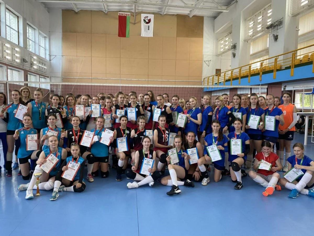 Бобруйчанки в составе сборной команды области заняли 3 место на республиканской спартакиаде по волейболу