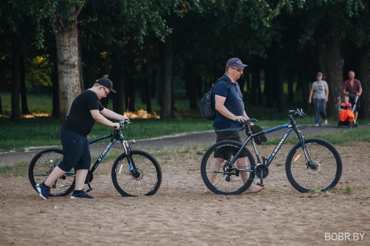 Фотопрогулка по Бобруйску: купаемся и играем в волейбол на пляже