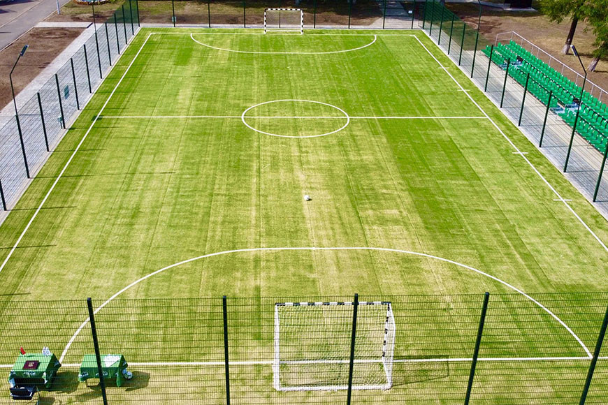 В Бобруйске открыли новое поле для мини-футбола
