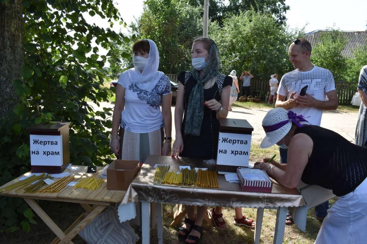 Крестный ход и престольный праздник Ризоположенского храма в Горбацевичах. Фоторепортаж