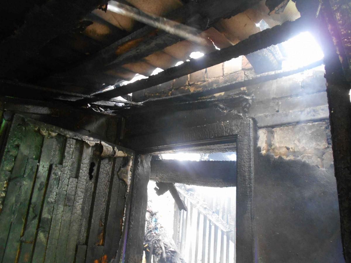 В деревне Коврин Бобруйского района горел дом