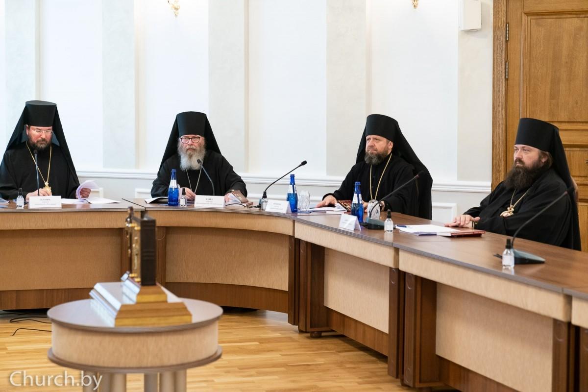 Епископ Бобруйский и Быховский Серафим принял участие в заседании Синода Белорусской Православной Церкви