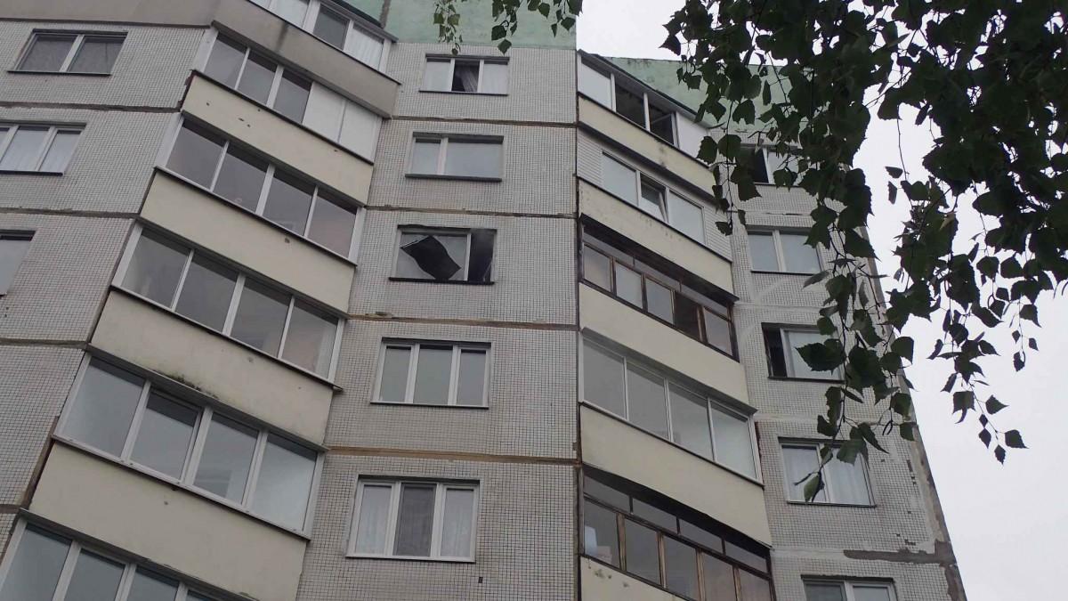 Горел балкон по проспекту Строителей.