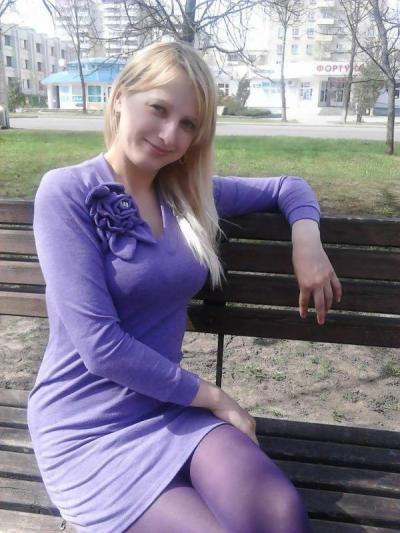 №103 Лавринович Анжела, 22 года