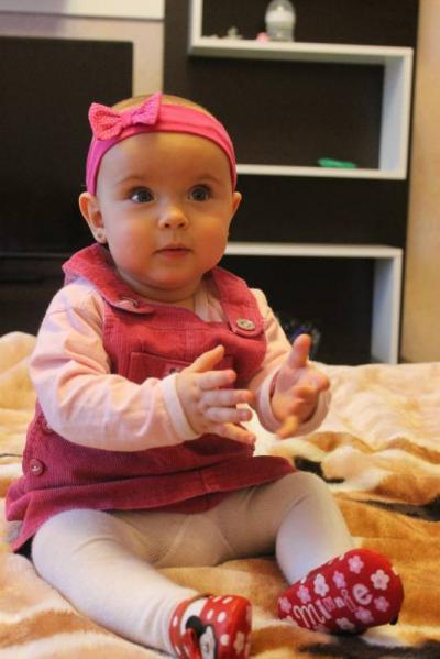 №133 Наше любимое солнышко Алиночка, 8 месяцев